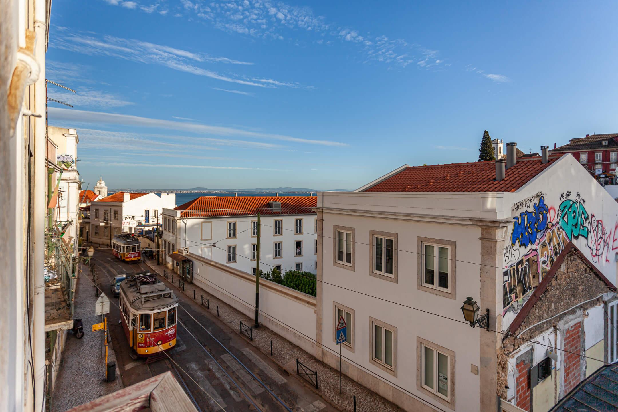 2BR Alfama's Terrace and View - Gonzalo's Guest | Lisbon ...